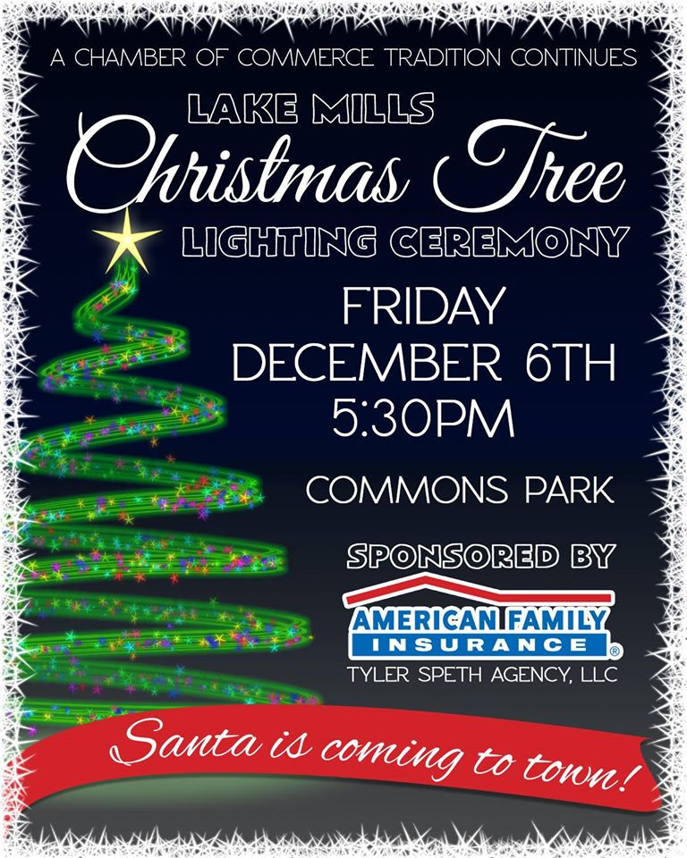 Community Tree Lighting in Lake Mills