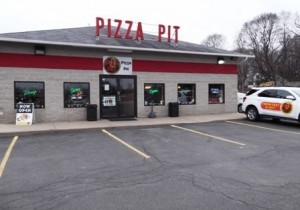 Pizza Pit of Lake Mills