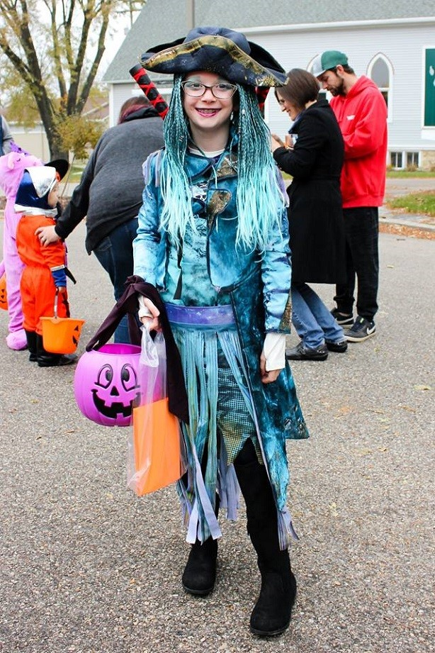 Girl dressed up as pirate at Cambridge Halloween Parade