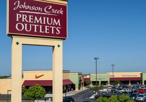 12th Annual Johnson Creek Premium Outlets Easter Egg Hunt