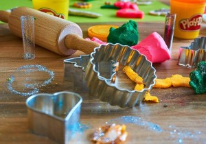 Play-dough Play-date with Essential Oils