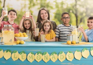 lemonade stand with kids