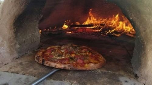 pizza on the farm