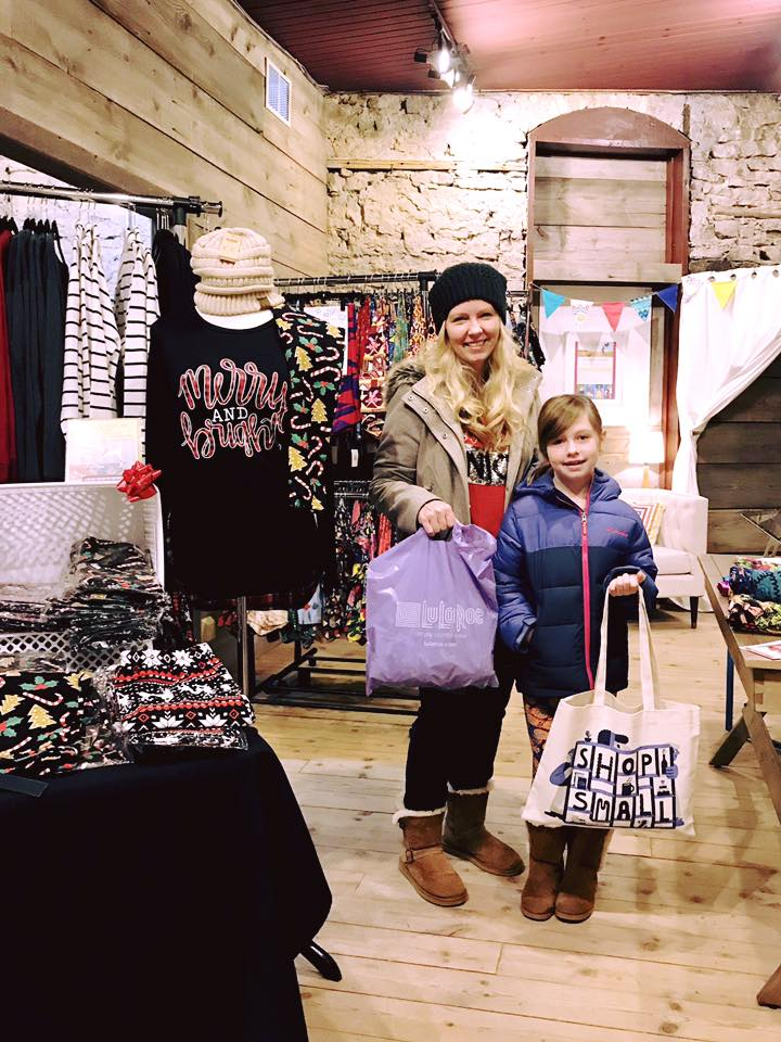 Mother & Daughter shopping at Small Business Saturday in Cambridge